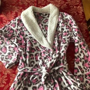 Small pink cheetah short robe